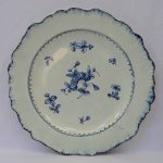 Antique 18/19thC Blue & White FEATHEREDGE PEARLWARE Dinner PLATE Flowers c1780-1810